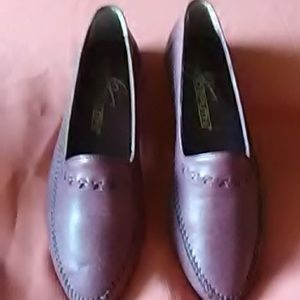 Giorgio Brutini dress or casual shoe